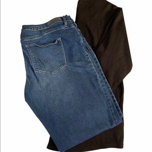 GUC CK BOOT STYLE JEANS 33/32 MAKE AN OFFER
